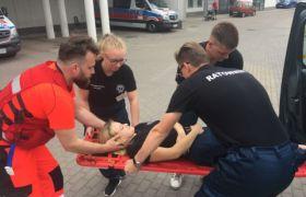 Praktyki uczniów II klasy Liceum z przysposobieniem ratownictwo medyczne  w Szpitalu im. Tytusa Chałubińskiego w Ostrowie Wlkp.
